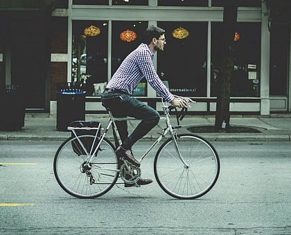 Ontario ready to spend $93M to expand bike lanes, boost cycling infrastructure by 2018.